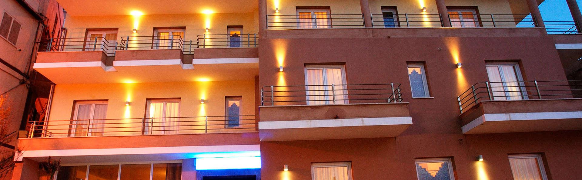 Hotel Janus - edit_front.jpg