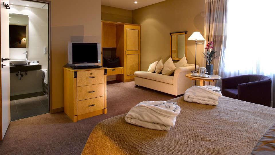 Martin's Grand Hotel - edit_room1.jpg