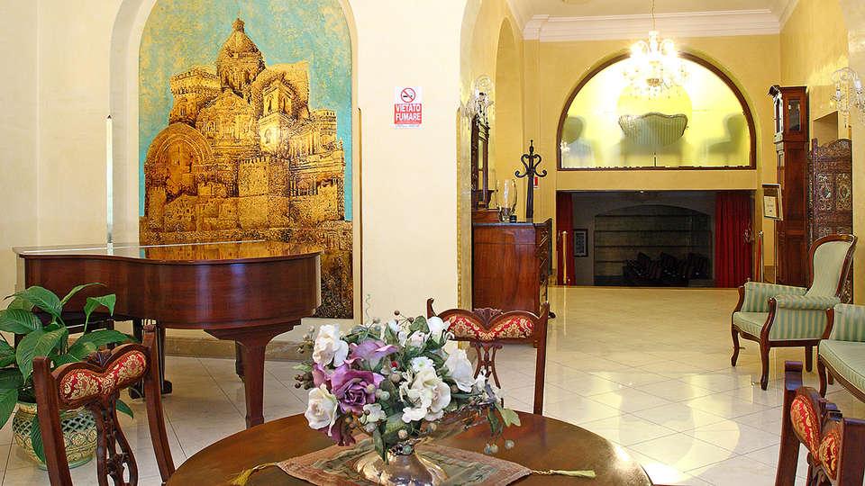 Hotel Centrale - Alcamo - EDIT_saletta2.jpg