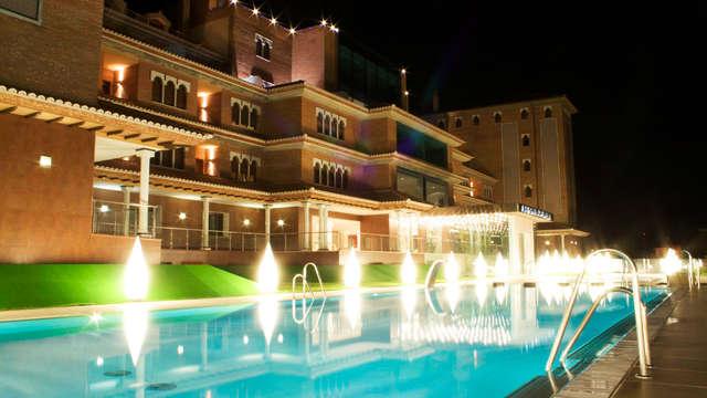 Détente avec bain hydromassant et spa à deux pas de l'Alhambra