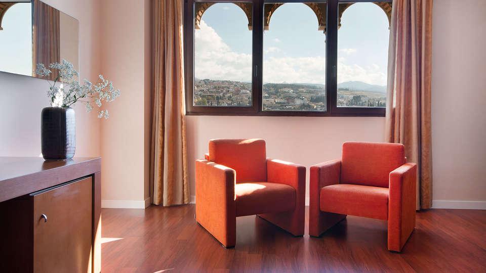 Hotel Granada Palace - edit_salon.jpg