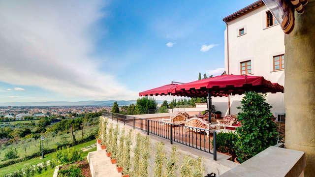 Terraza con vistas a Florencia: sabores toscanos en una antigua villa (desde 3 noches)