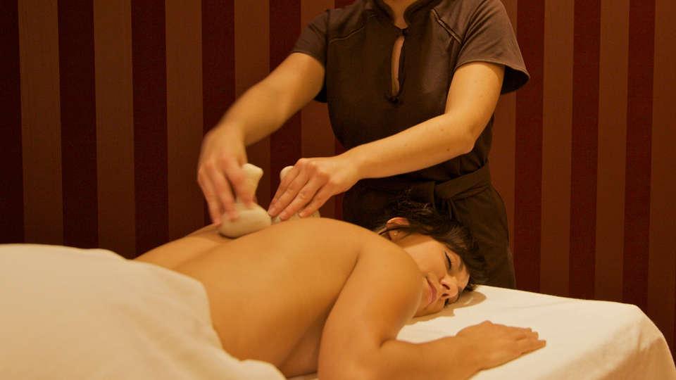 Hôtel Spa du Béryl  - EDIT_massage2.jpg