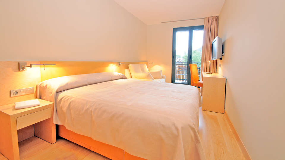 Hotel Palomé - EDIT_Standard-room.jpg
