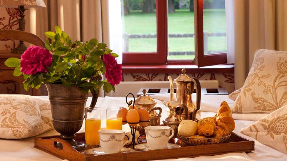 Château de Cocove - EDIT_breakfast_room.jpg