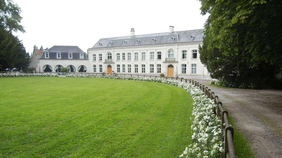 Château de Cocove - EDIT_front4.jpg