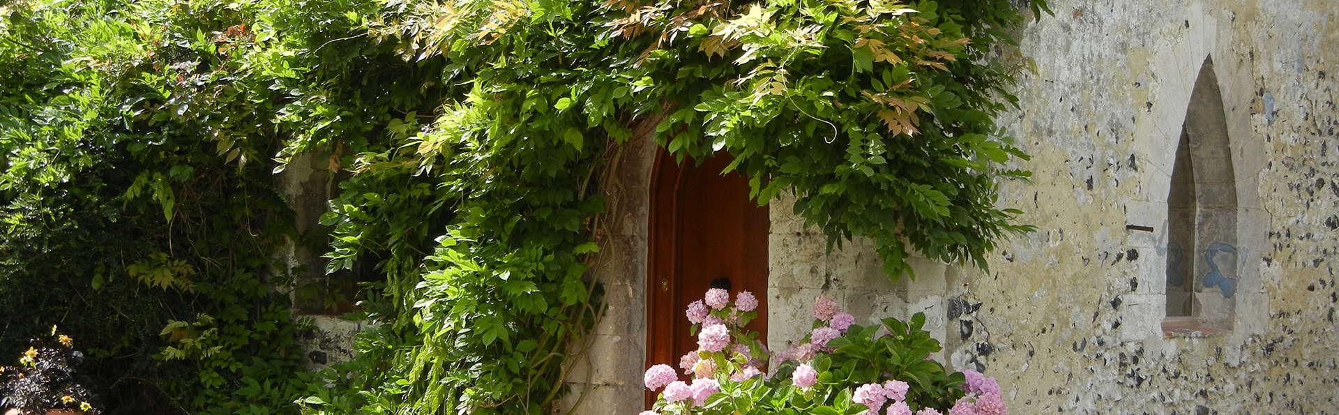 Château de Cocove - EDIT_front45.jpg