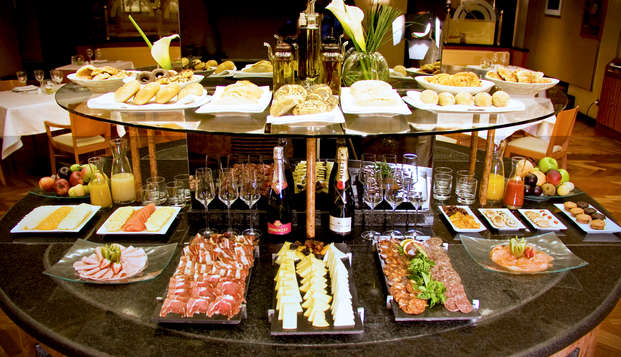 Hotel Miguel Angel by BlueBay - buffet