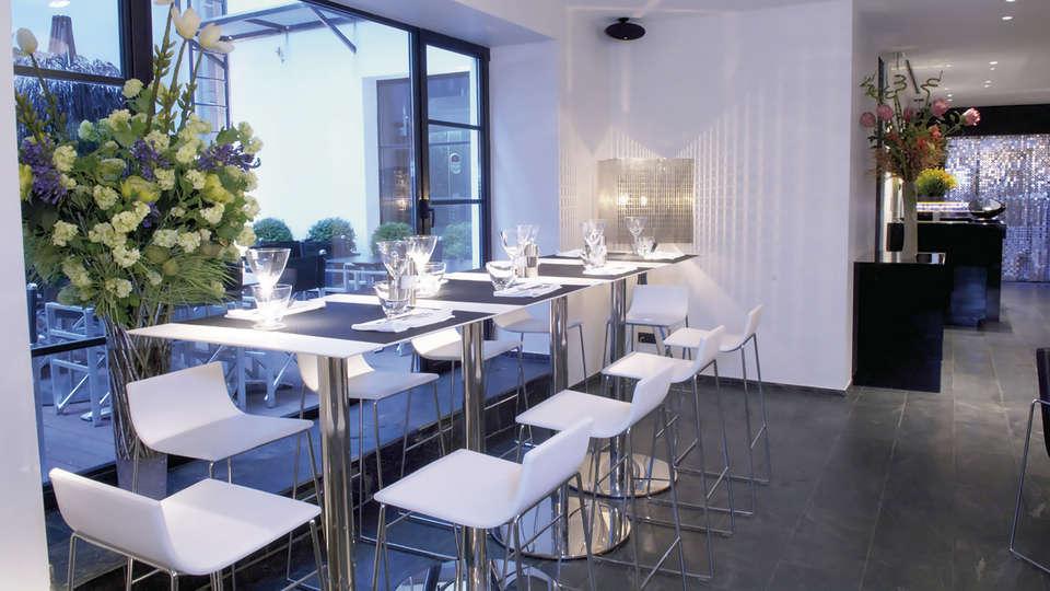 Be Manos - EDIT_restaurant4.jpg