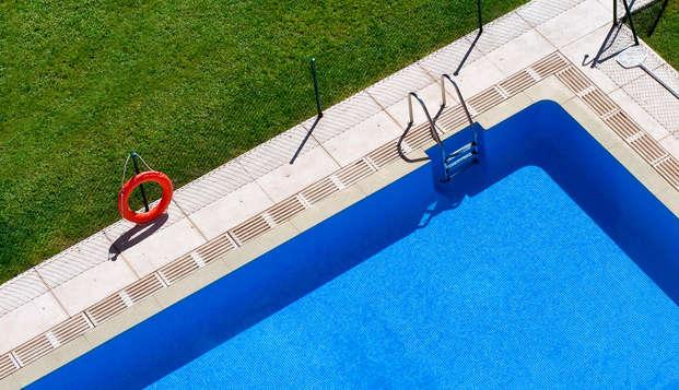 Hotel Mirador de Chamartin - pool