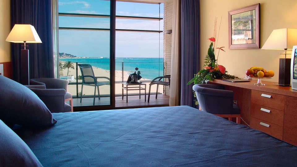 Hotel Colón Thalasso Termal - edit_room2.jpg
