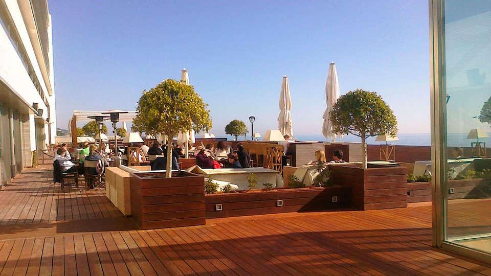 Hotel Colón Thalasso Termal - edit_terrace.jpg