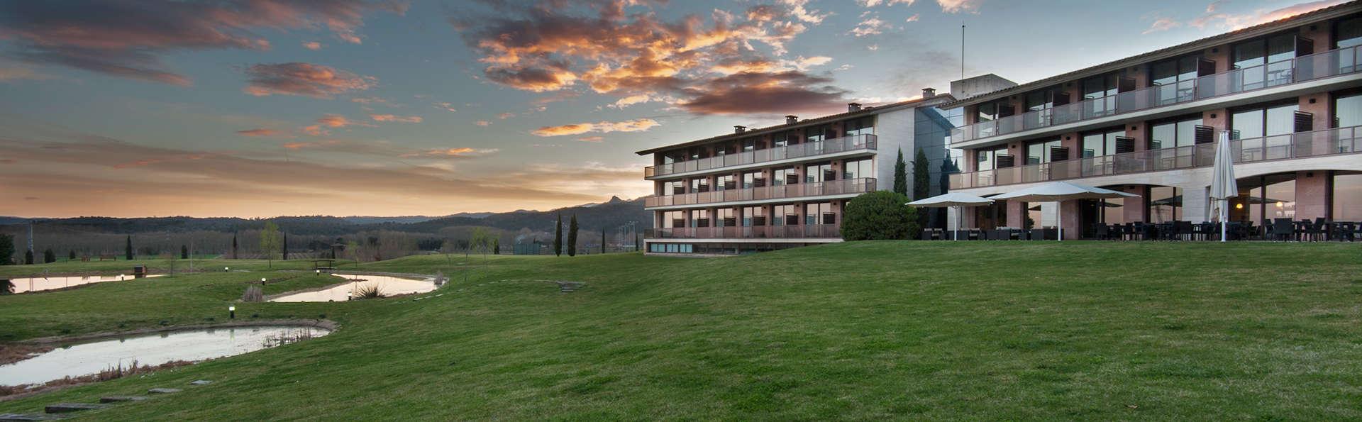 Hotel Mas Solá - EDIT_front3.jpg