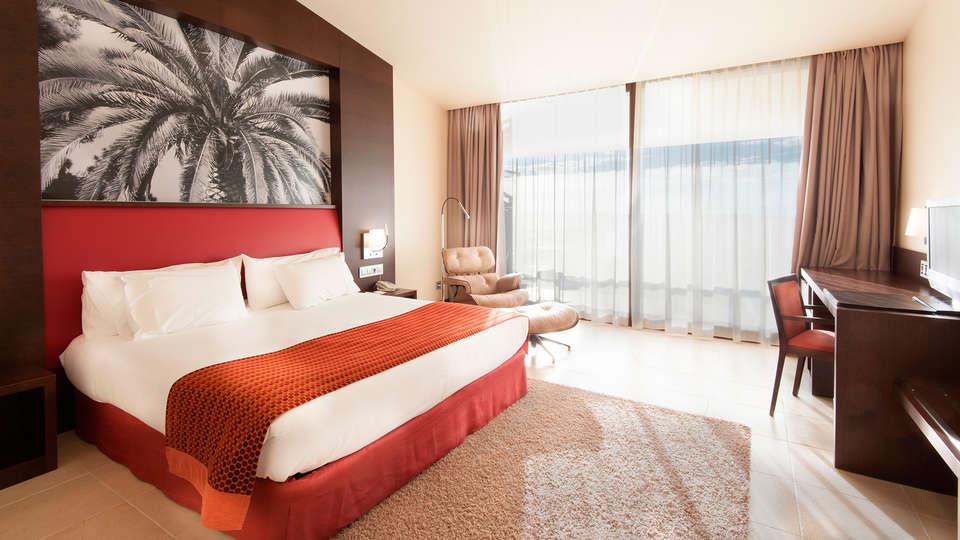 Hotel Mas Solá - EDIT_room314g.jpg