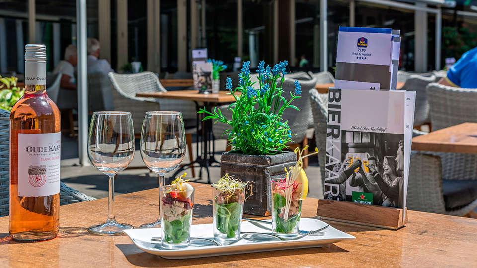 Hotel de Naaldhof - edit_terrace.jpg