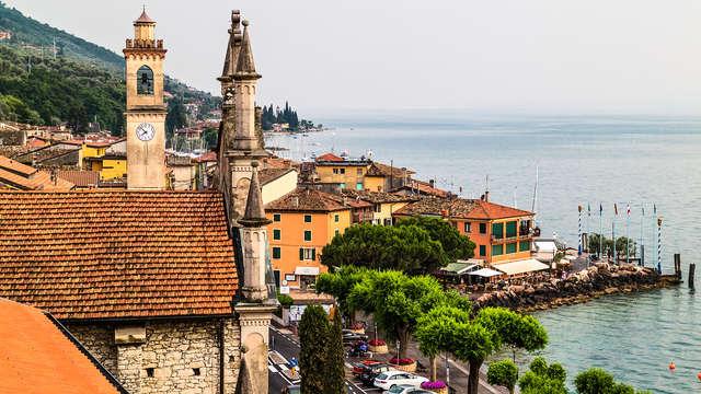 Con vista sul Lago di Garda in camera deluxe e cena inclusa!