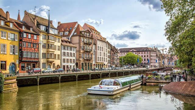 Escapade avec croisière en bateau mouche à Strasbourg