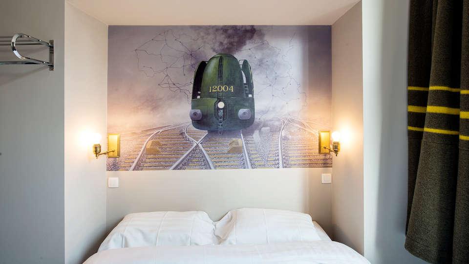 Train Hostel - EDIT_room22.jpg