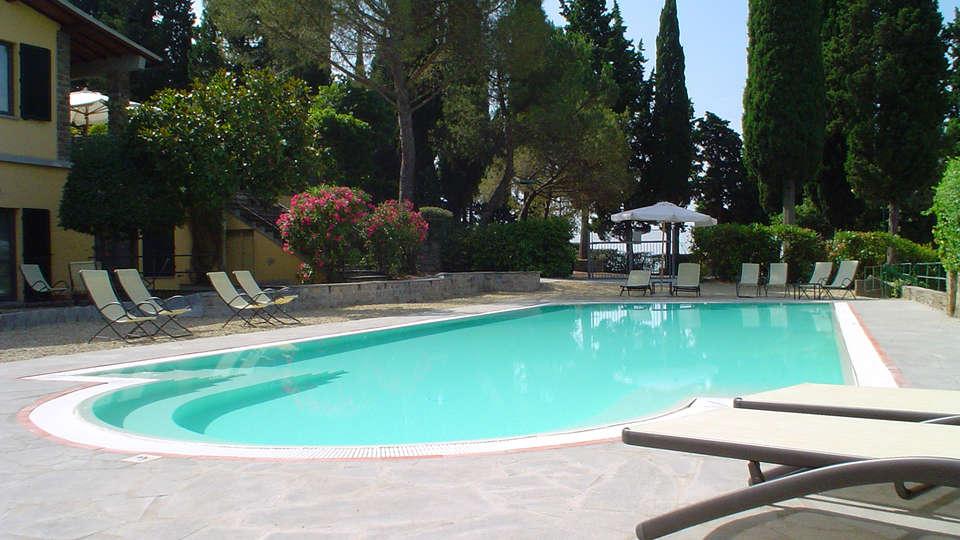 Villa Dei Bosconi - edit_pool4.jpg