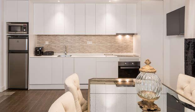Oro del Darro Suites - kitchen