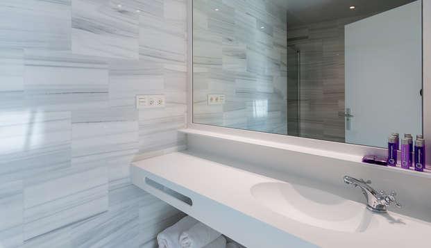 Oro del Darro Suites - bathroom