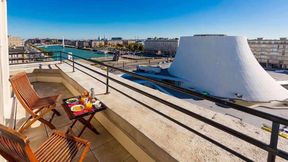 Best Western ARThotel - EDIT_balcony1.jpg