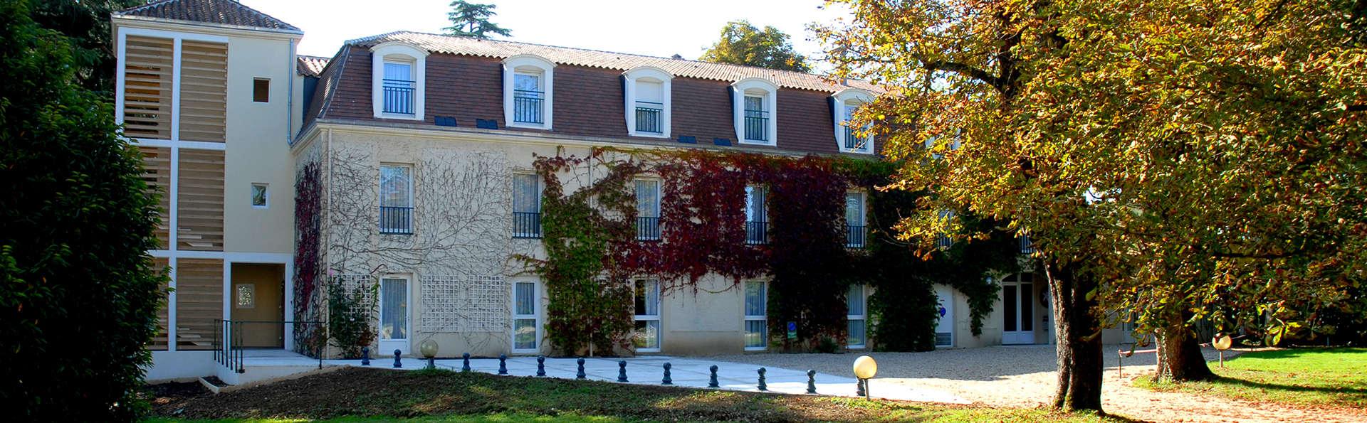 L'Orangerie du Château des Reynats  - EDIT_front.jpg