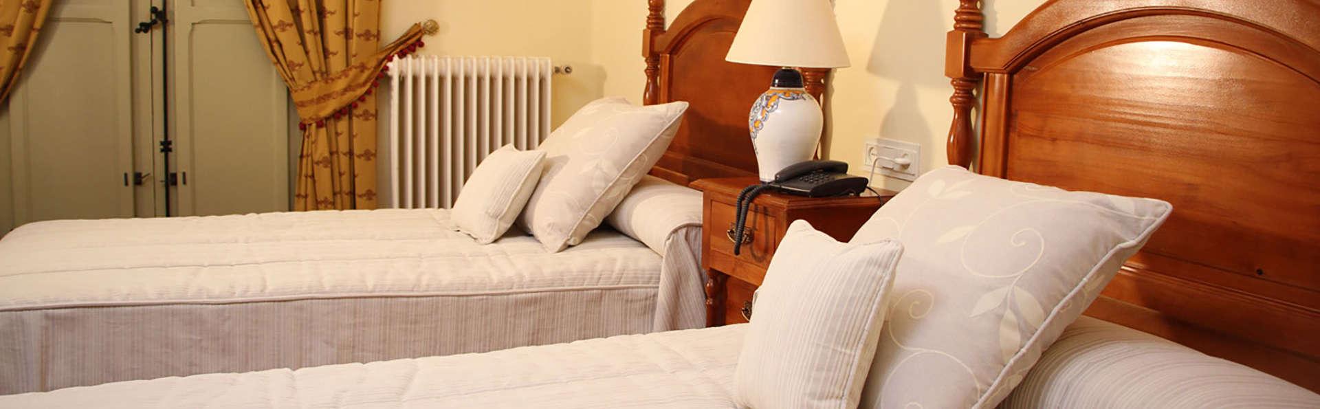 Hotel Finca Las Beatas - edit_room1.jpg