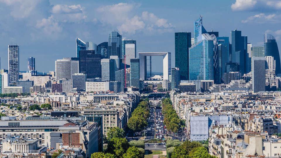 Novotel Paris La Défense - EDIT_La_defense2.jpg