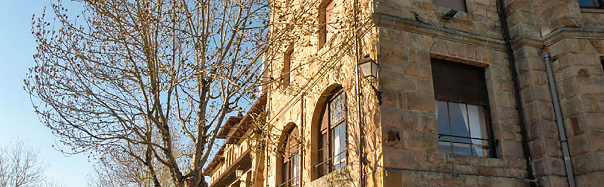 Gran Hotel Balneario de Corconte - edit_front1.jpg
