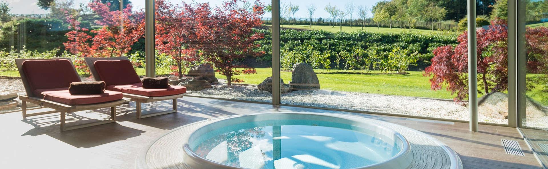 Spectaculaire spa met uitzicht op meer in hart van Ardennen