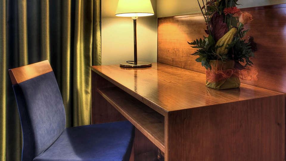 Hotel Zenit Diplomàtic - edit_Hotel_Diplomatic_hab_estandar.jpg