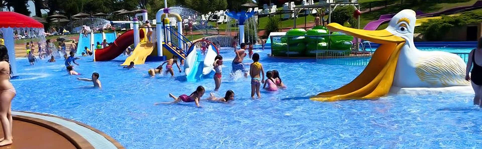 Playa, Media Pensión, entradas al Parque Acuático y tus vacaciones en el Mediterráneo