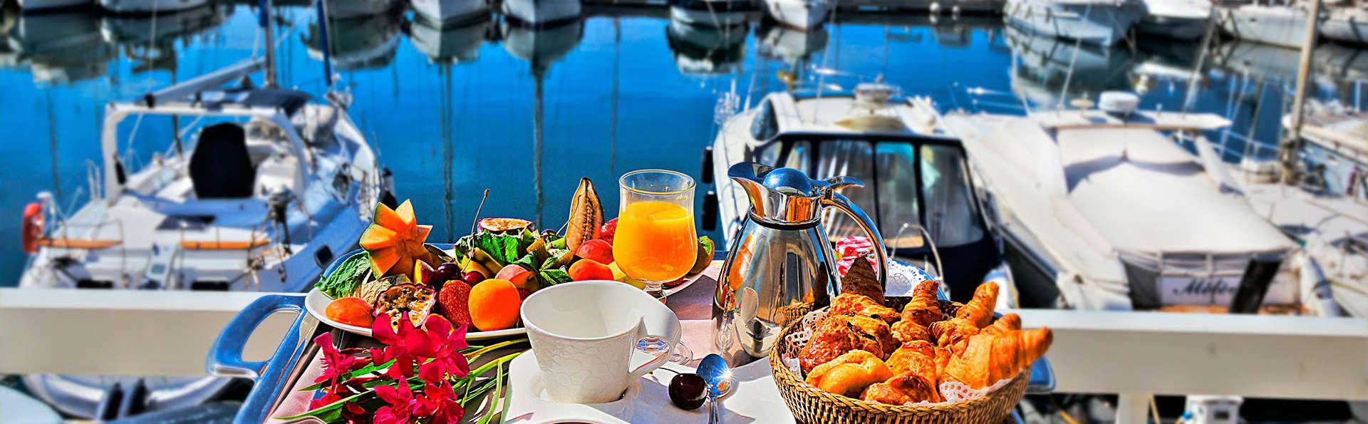 Best Western Plus La Marina - edit_breakfast.jpg