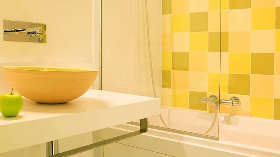 Parkhotel (Roeselare) - edit_bathroom.jpg