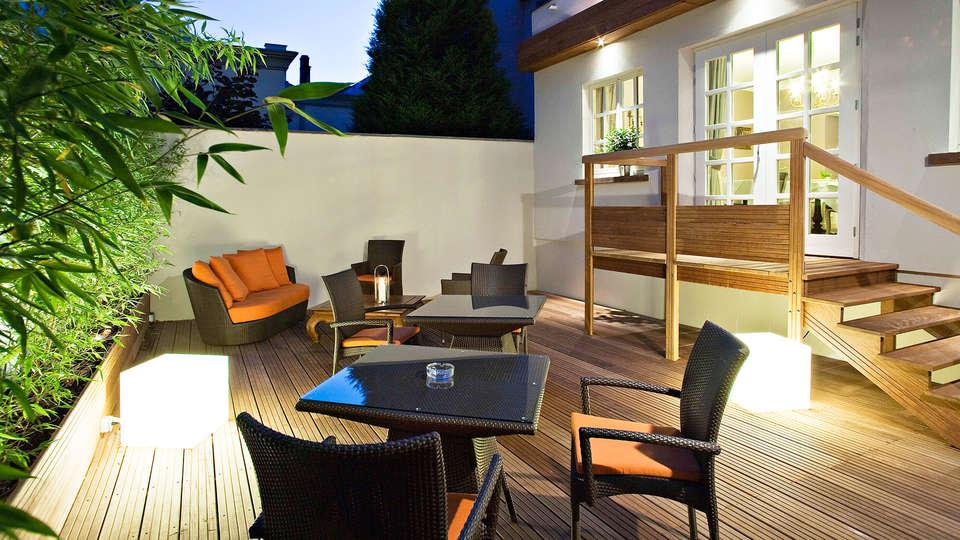 Hôtel Villa d'Est - EDIT_terrace.jpg