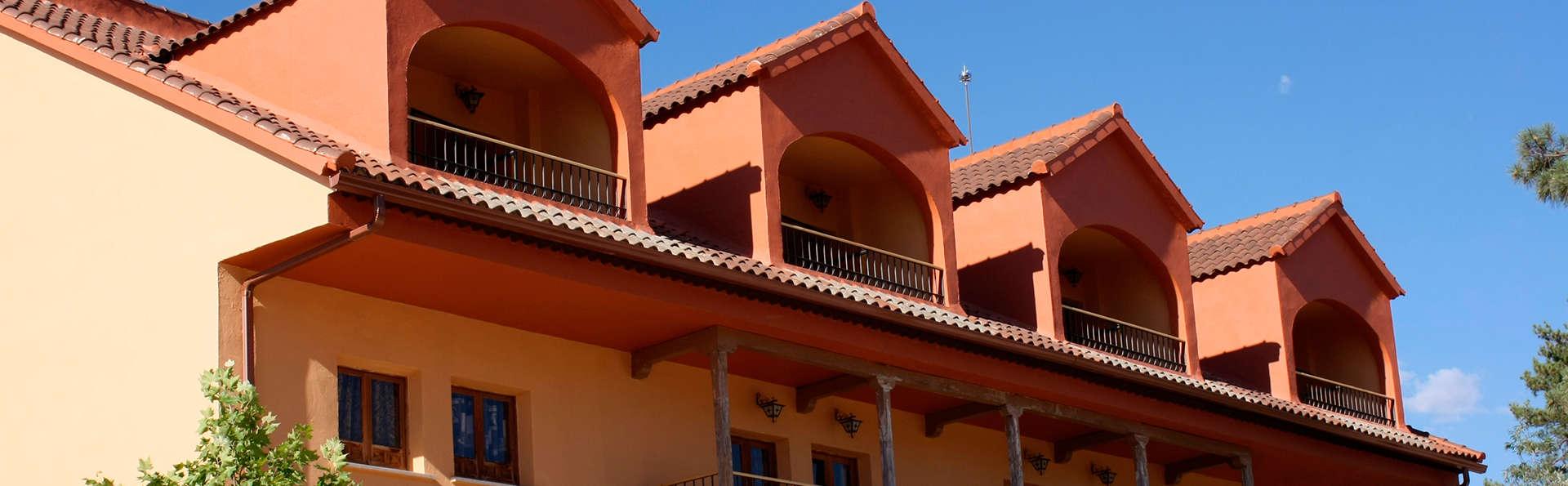 Hostal Ciudad Encantada - EDIT-_Ciudad_Encantada_-_03.jpg
