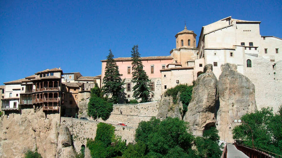 Hostal Ciudad Encantada - EDIT_Cuenca-panoramica4.jpg