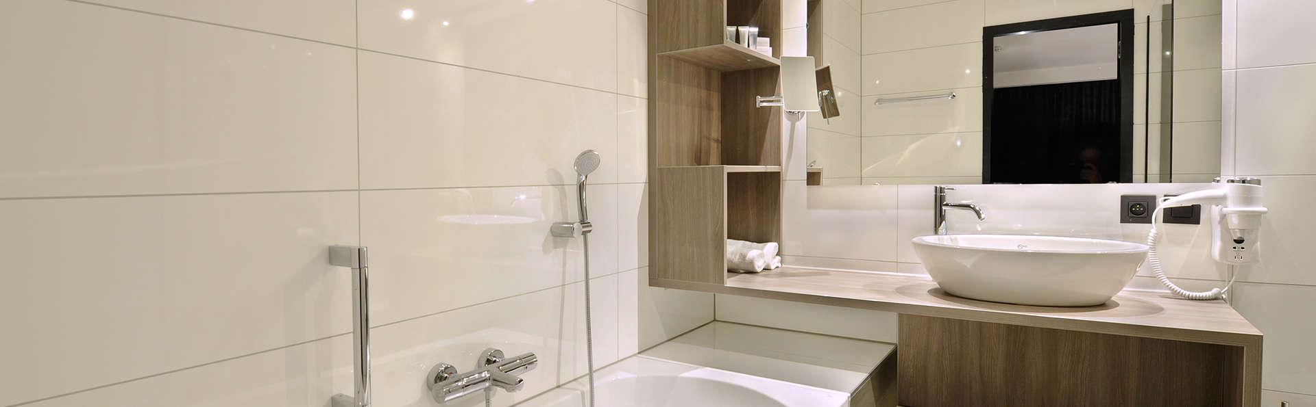 Van Der Valk Hotel Nazareth-Gent - edit_bathroom2.jpg