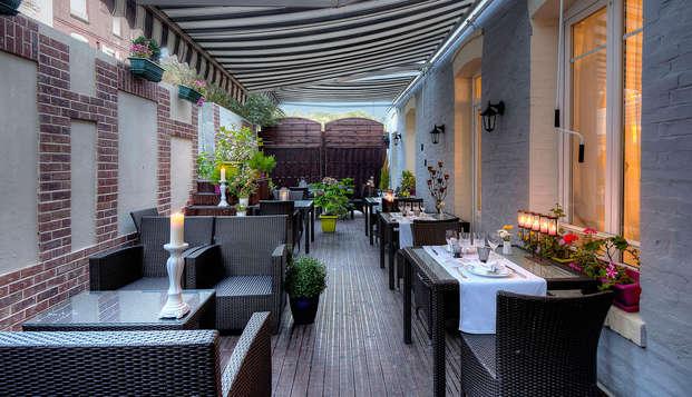 Villa Aultia Hotel - terrace