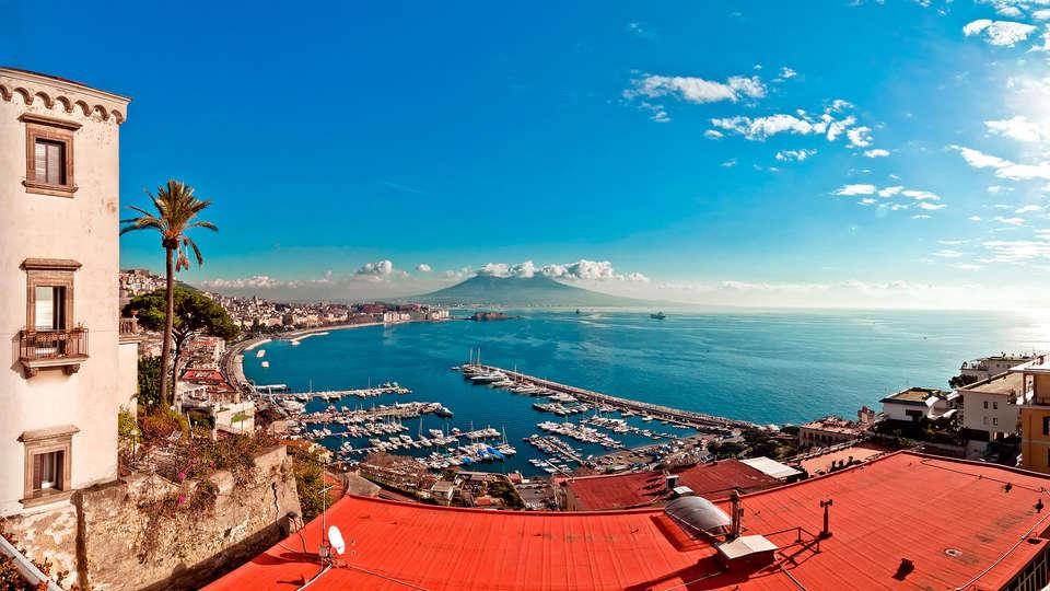 Napoli Suite - EDIT_napoles.jpg