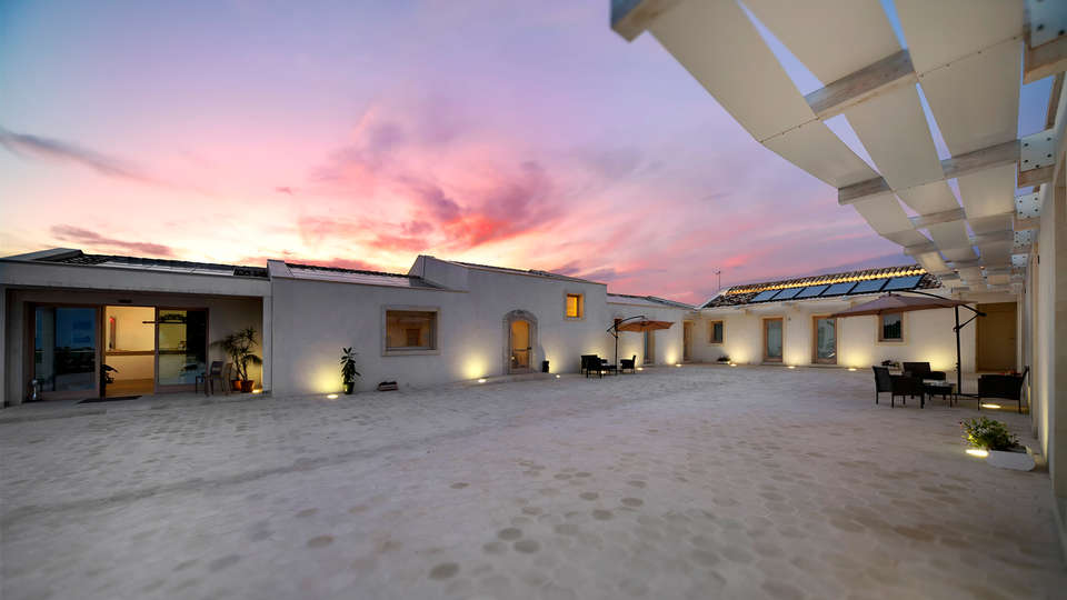 Addauro Resort - EDIT_baglio-al-tramonto.jpg