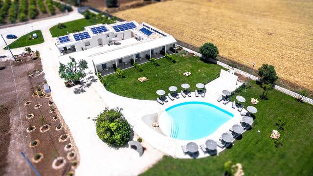 Soggiorno a Siracusa in un resort moderno a 4 stelle con noleggio bici e accesso alla piscina