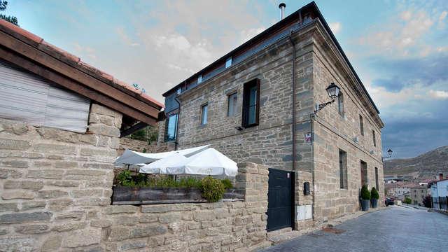 Uitje in een Paleis in Burgos met privébubbelbad en restaurantkorting (vanaf 2 nachten)