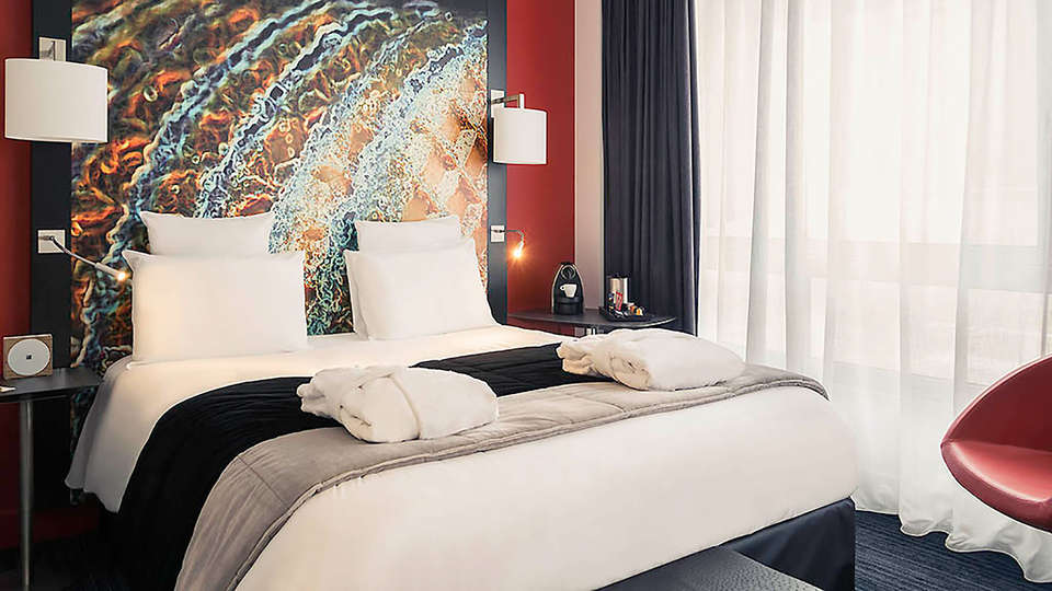 Mercure Lille Centre Vieux Lille - EDIT_room2.jpg