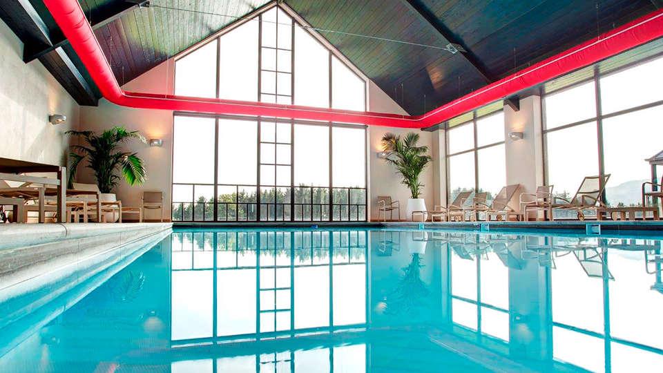 Azur en Ardenne - EDIT_indoorpool.jpg