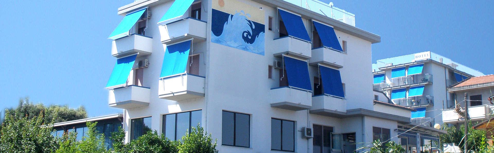 Hotel Mare Blu Resort & SPA - edit_facade.jpg