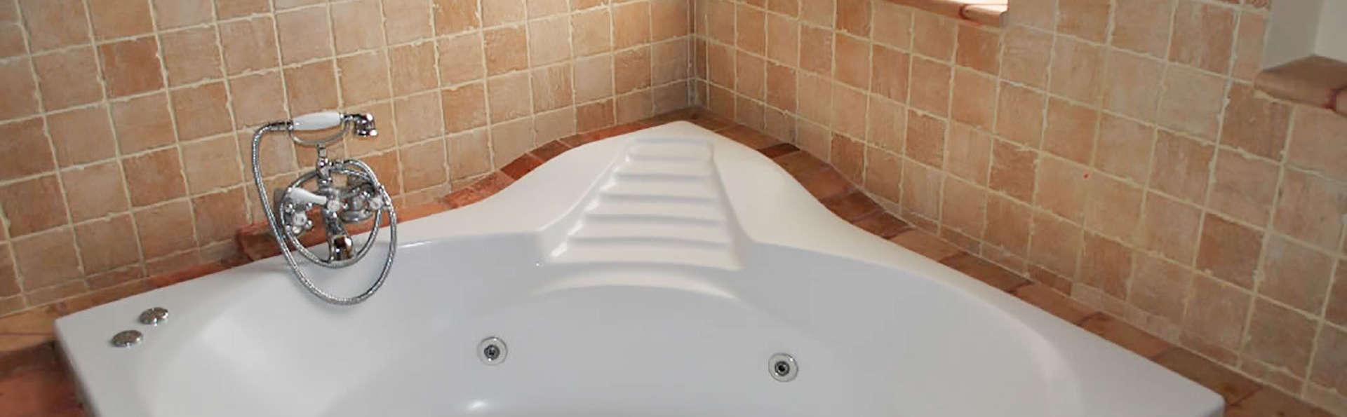 El Rincón de las Descalzas - EDIT_bath.jpg