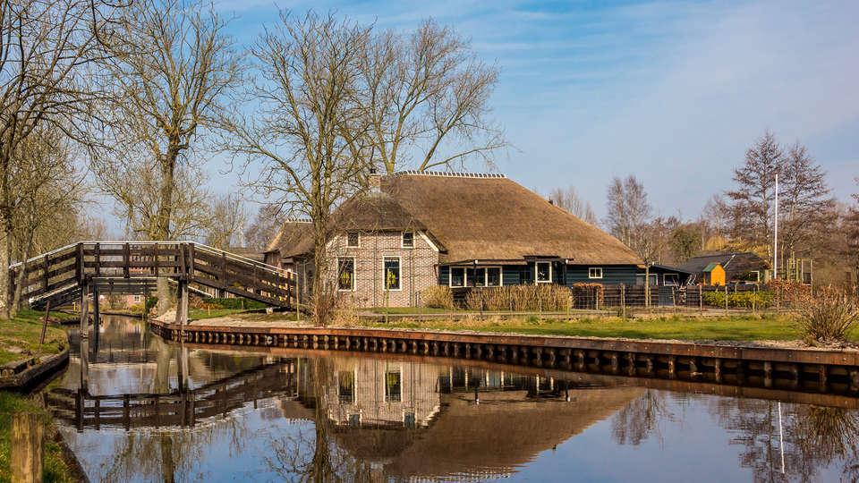Fletcher Hotel-Restaurant De Eese-Giethoorn - EDIT_giethoorn3.jpg