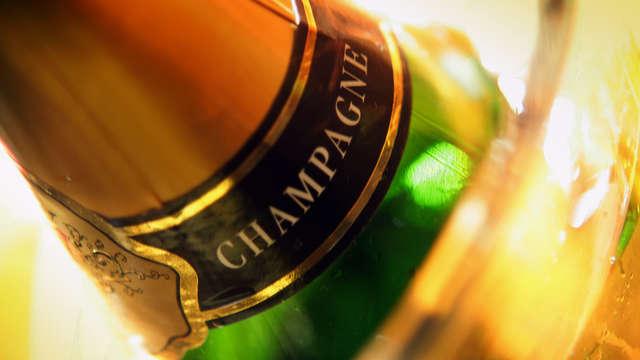 1 Botella de champán Pop de la casa Pommery